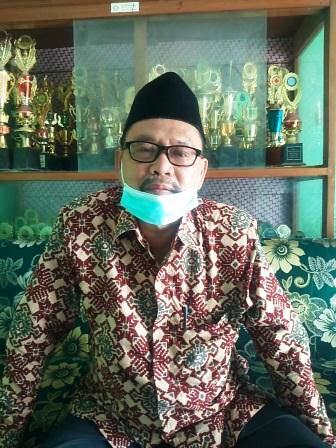 MAN 2 Ciwaringin Cirebon, Sekolah dan Pondok Pesantren