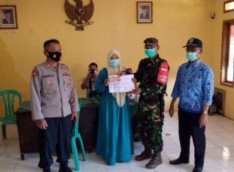 Penyaluran Dana BLT di Desa Sancang Garut dikawal Aparatur Pemerintah TNI Polri
